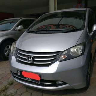 Honda Freed PSD AT 2010