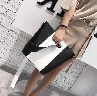 💯% 🆕全新黑白拼色手袋