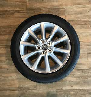 """Toyota 17"""" Rims with Michelin Primacy 3ST 215/55/17"""