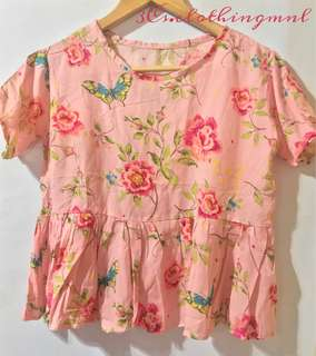 Floral top short sleeve