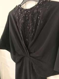 Black Dress: Saptodjojokartiko