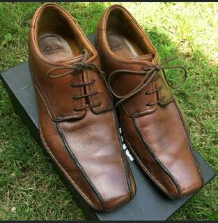 Clarks Flexweight Brown Leather Shoes UK 9