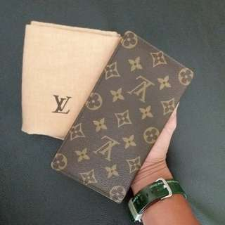 AUTHENTIC LOUIS VUITTON LONG WALLET MADE IN FRANCE VERY GOOD CONDITION RM690 DATECODE INSIDE C.O.D USNASAPRELOVED http://www.wasap.my/60104550163