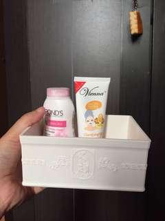 Flash sale kosmetik case miniso baru