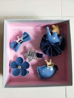 Dark blue princess hair clip set