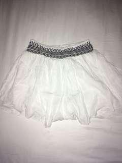 CO: detail summer skirt/shorts