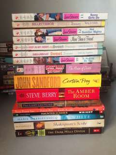 BOOK HAUL - TAKE ALL (36 BOOKS)