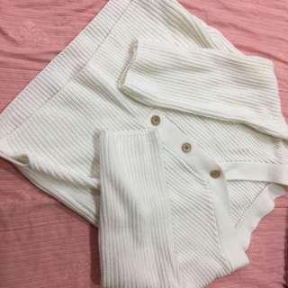 🚚 白色針織長袖上衣