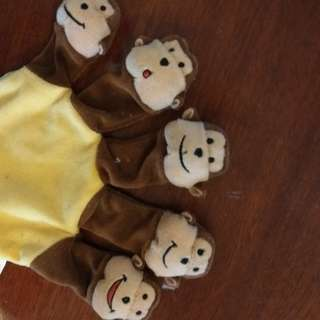 Five silly monkey baby piggy toes press
