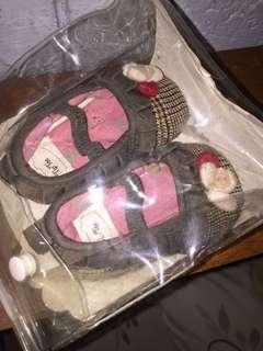 Tip Toe infant shoes