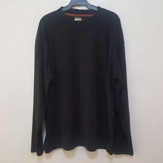 Men's Columbia black sweater