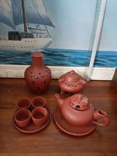 Zhi Sha Teapot Set (no 201)