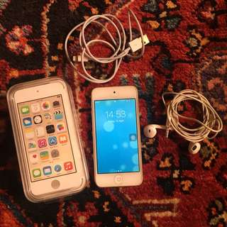 Apple iPod touch 6th gen/gold/16gb