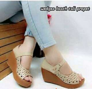 Wedges booth tali prepet