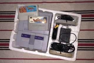 SNES (Super Nintendo Entertainment System)