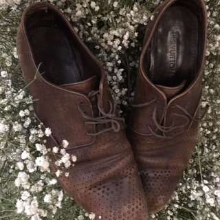 Louis Vuitton vintage oxfords