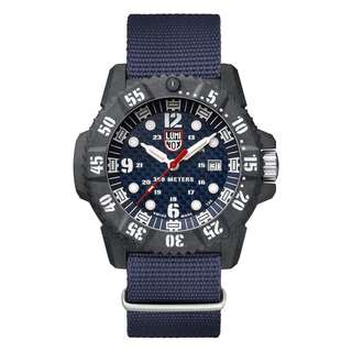 Luminox Men watch master carbon seal 3808