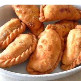 Karipap Curry Puff & Kuih Muih