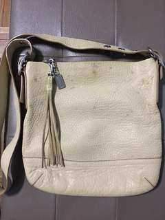 AUTHENTIC COACH PEBBLED SOFT LEATHER SLING BAG