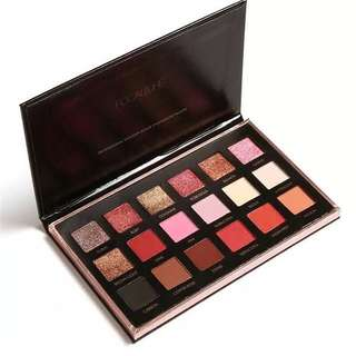 18 Color Eyeshadow Pallete by Focallure