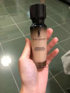 Ysl youth liberator serum foundation 女神 精華粉底 b10 30ml