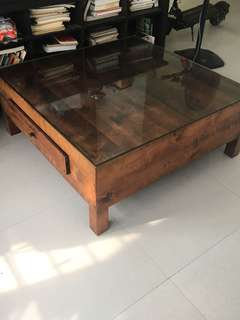 Square coffee table with glass TOP.
