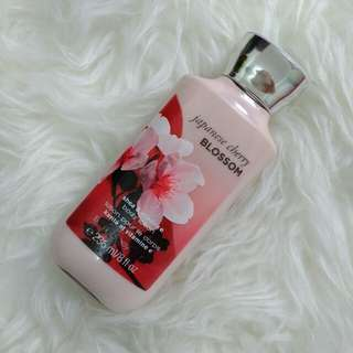 Bath&body works body lotion