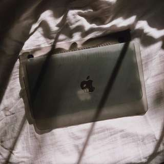 "Macbook Air 11"" Translucent Case"