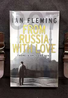 《New Book Condition + James Bond 007 Thriller Collection》IAN FLEMING : FROM RUSSIA WITH LOVE (There Is Only One Bond)