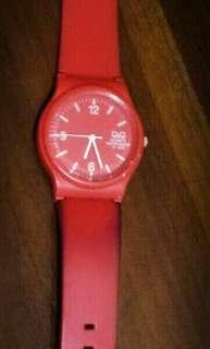 Jam Tangan Q&Q (merah) + batrei