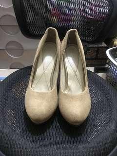 Thick heeled Pump Heels (Nude)