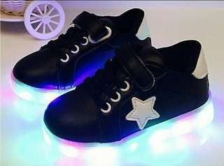 Shoes LED for kids