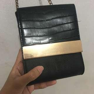 Aldo Chain Mini String Bag (minor defect)