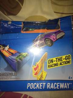 Hotwheels Pocket Raceway