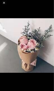 3 stalks roses round bouquet