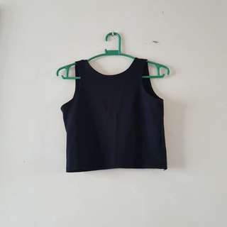 Blacl crop top