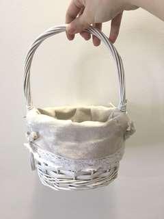 Flowergirl Rustic White Woven Basket w/ Lining