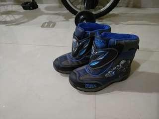 Max Steele Sturdy Comfy Shoe (rtp $49) sz 32