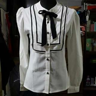 Me. Q White Contrast Bib Detail Blouse With Bow