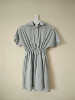 Dress serut