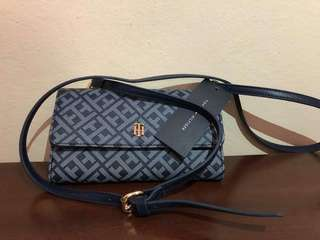 Tommy hilfiger wallet with sling