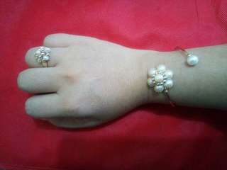 10k gold with pearls set