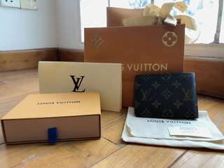 Louis Vuitton Men's Monogram Wallet
