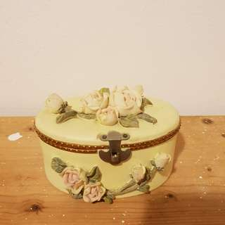 Porcelain Jewellery Box