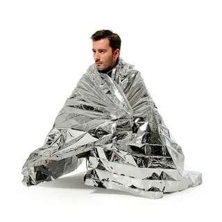 Selimut darurat aluminium foil
