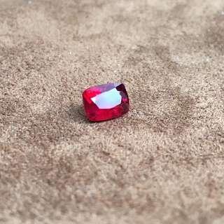 天然緬甸鴿血紅色尖晶石
