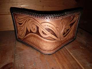 dompet carving