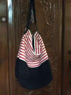 No brand medium size bag