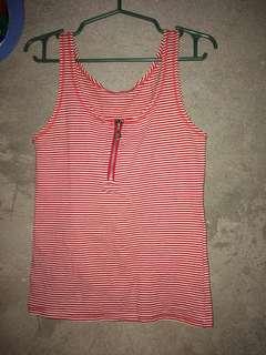 Red stripe fitting sando