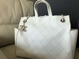 Chanel Caviar leather shopping tote white